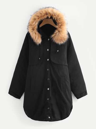 Mantel mit Kunstpelz, Kapuze und gekrümmtem Saum