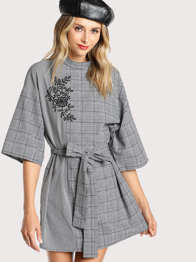 Wide Sleeve Longline Embroidered Plaid Top