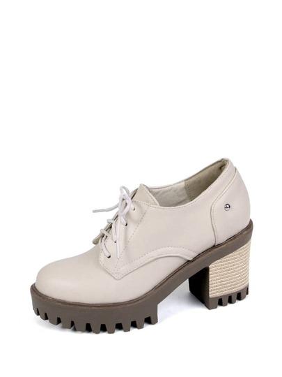 حذاء نسائي-بكعب فلين بتصميم أكسفورد
