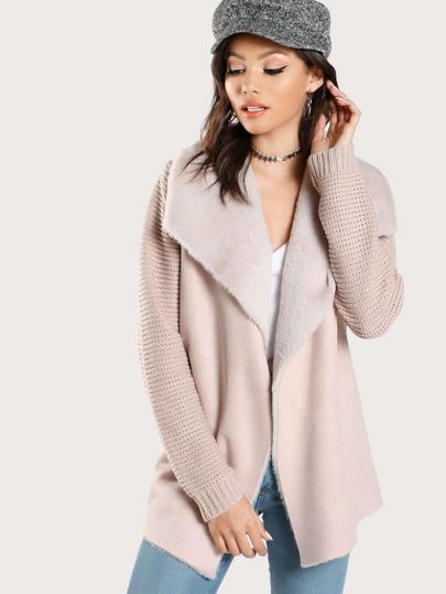 Manteau col à rabat duveteux en tricot