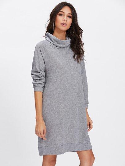 Sweatshirt Kleid mit hohem Ausschnitt