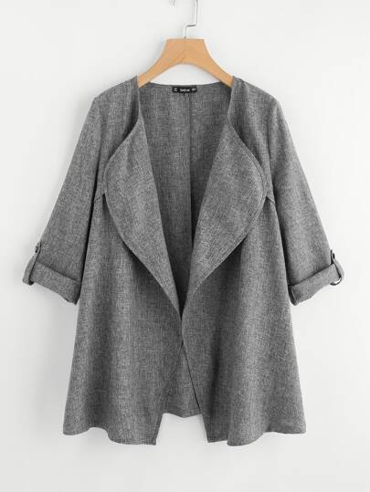Mantel mit aufgerollter Manschette