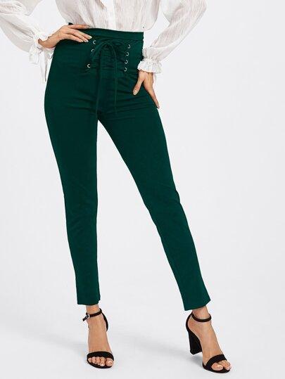 Pantalones con cordón