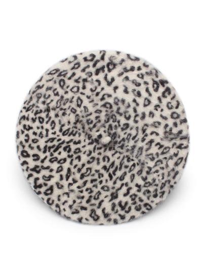 Модный берет с леопардовым принтом