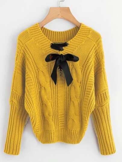 Suéter tejido de cable con lazo