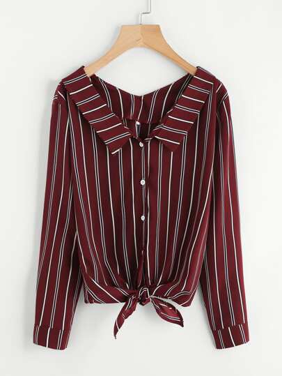 Bluse mit Streifen und Knoten