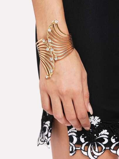 Hollow Wing Design Cuff Bracelet