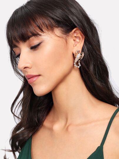 Rhinestone Scorpion Design Stud Earrings