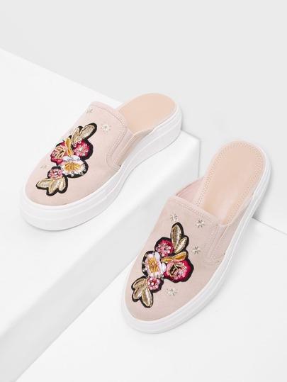 Zapatillas slip on con bordado de flor