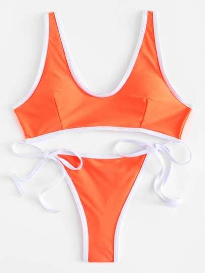 Ensemble de Bikini avec lacet côté