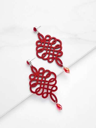 Pendientes largos con diseño de nudo chino