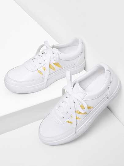 Leaf Embroidery Lace Up Sneakers