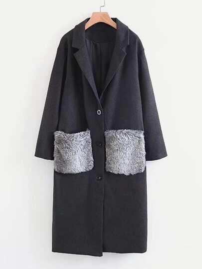 Abrigo largo con bolsillo de piel sintética