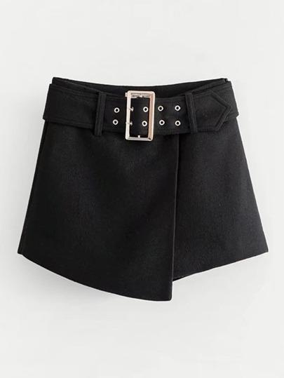 Falda-pantalón asimétrica con cinturón con hebilla
