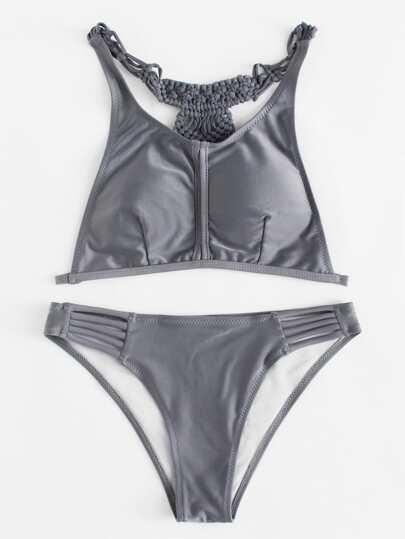 Conjunto de bikini con la espalda tejida