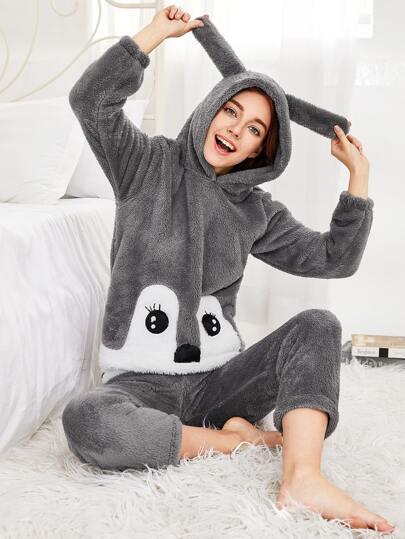 Conjunto de pijama con capucha de conejo