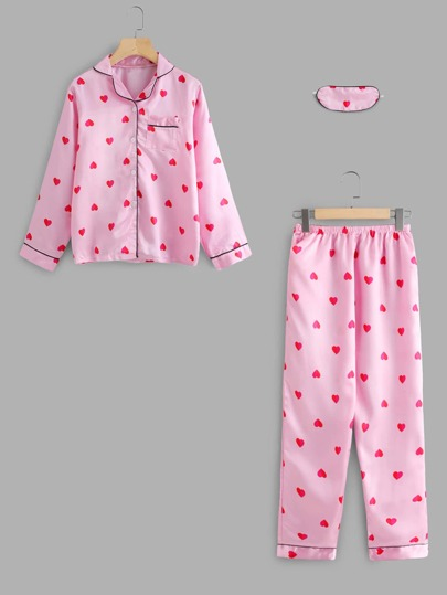 Set de pijama piping en contraste con estampado de corazón