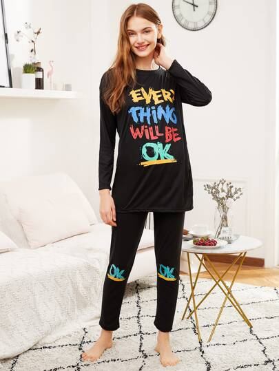 Conjunto de pijama con letras impresas