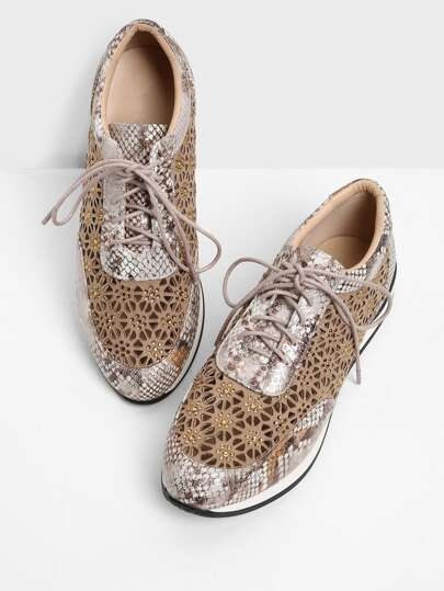 Cut Out Detail Lace Up Sneakers