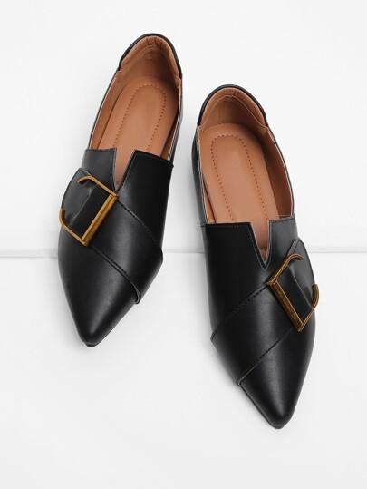 Chaussures plates avec boucle devant