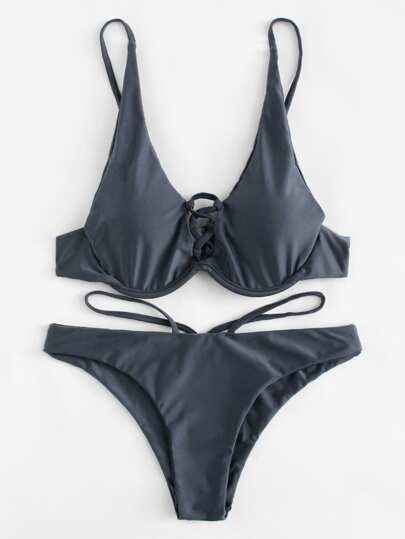 Set de bikini con tiras cruzadas