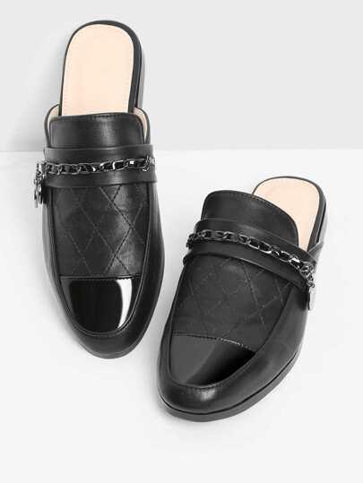 Zapatillas PU guateadas con diseño de cadena