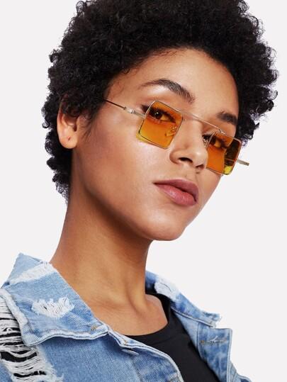 Square & Flat Lens Sunglasses