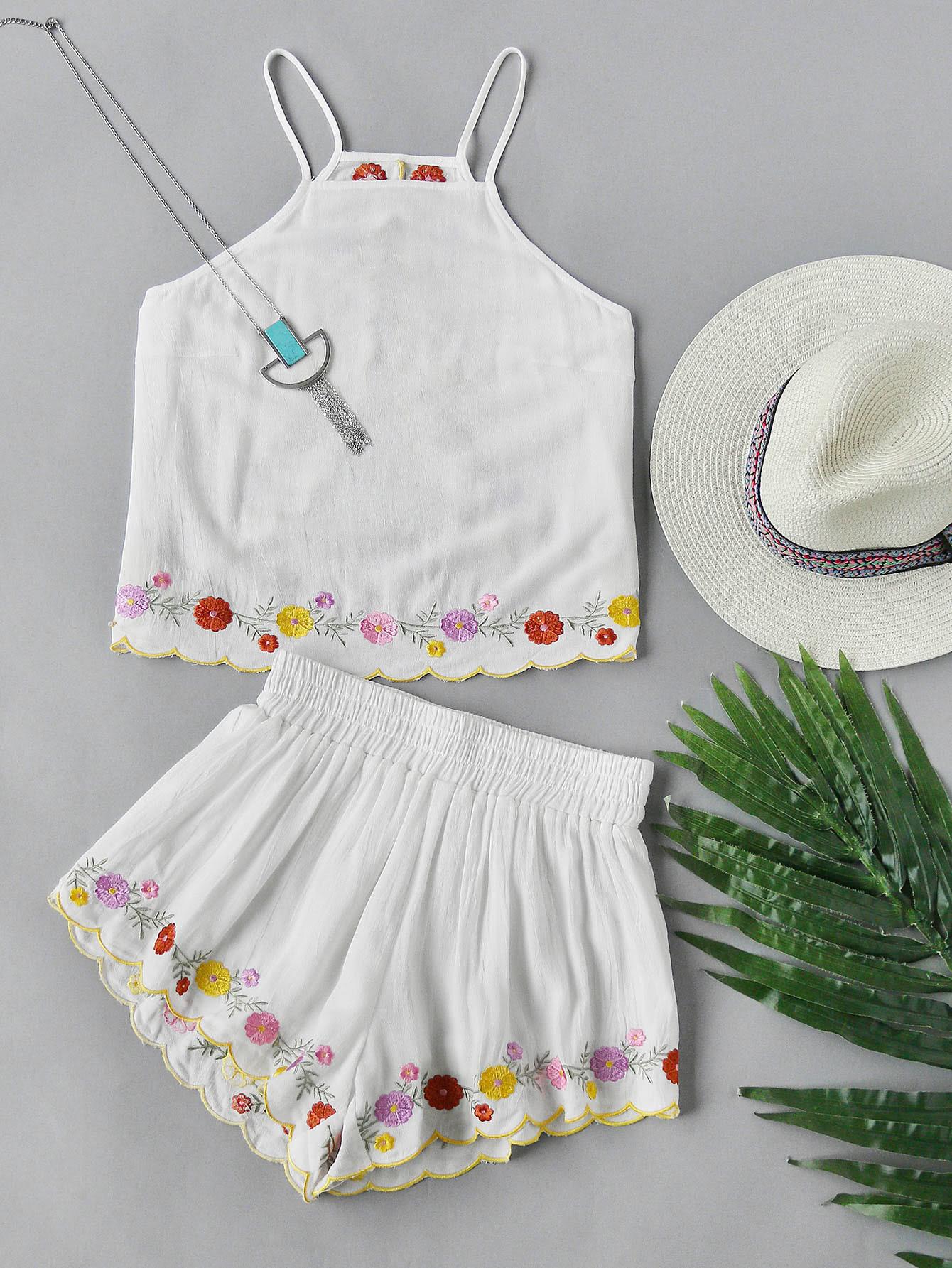 Фото Open Back Embroidered Flower Trim Cami And Shorts Set. Купить с доставкой