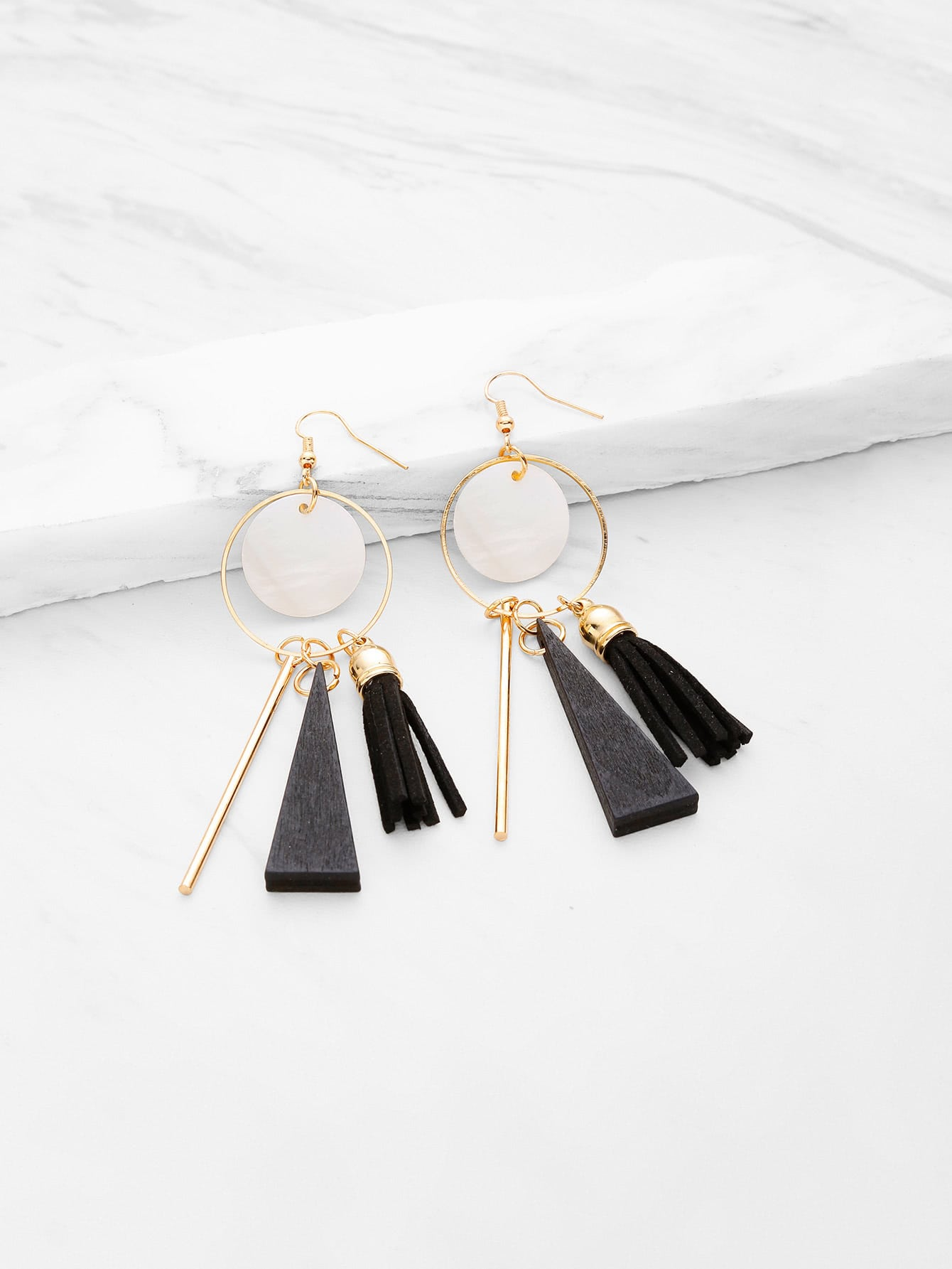 Фото Triangle And Tassel Detail Drop Earrings. Купить с доставкой