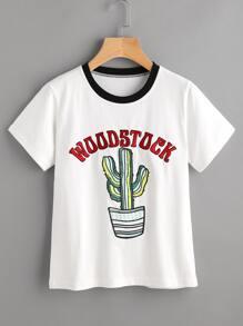 T-Shirt mit Stickereien