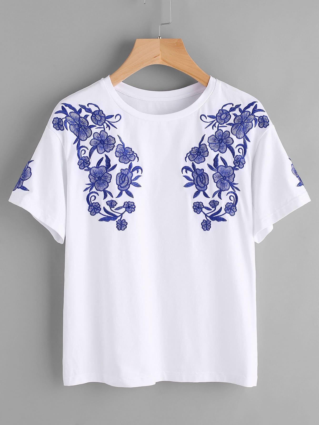 Symmetric flower embroidery t shirt makemechic
