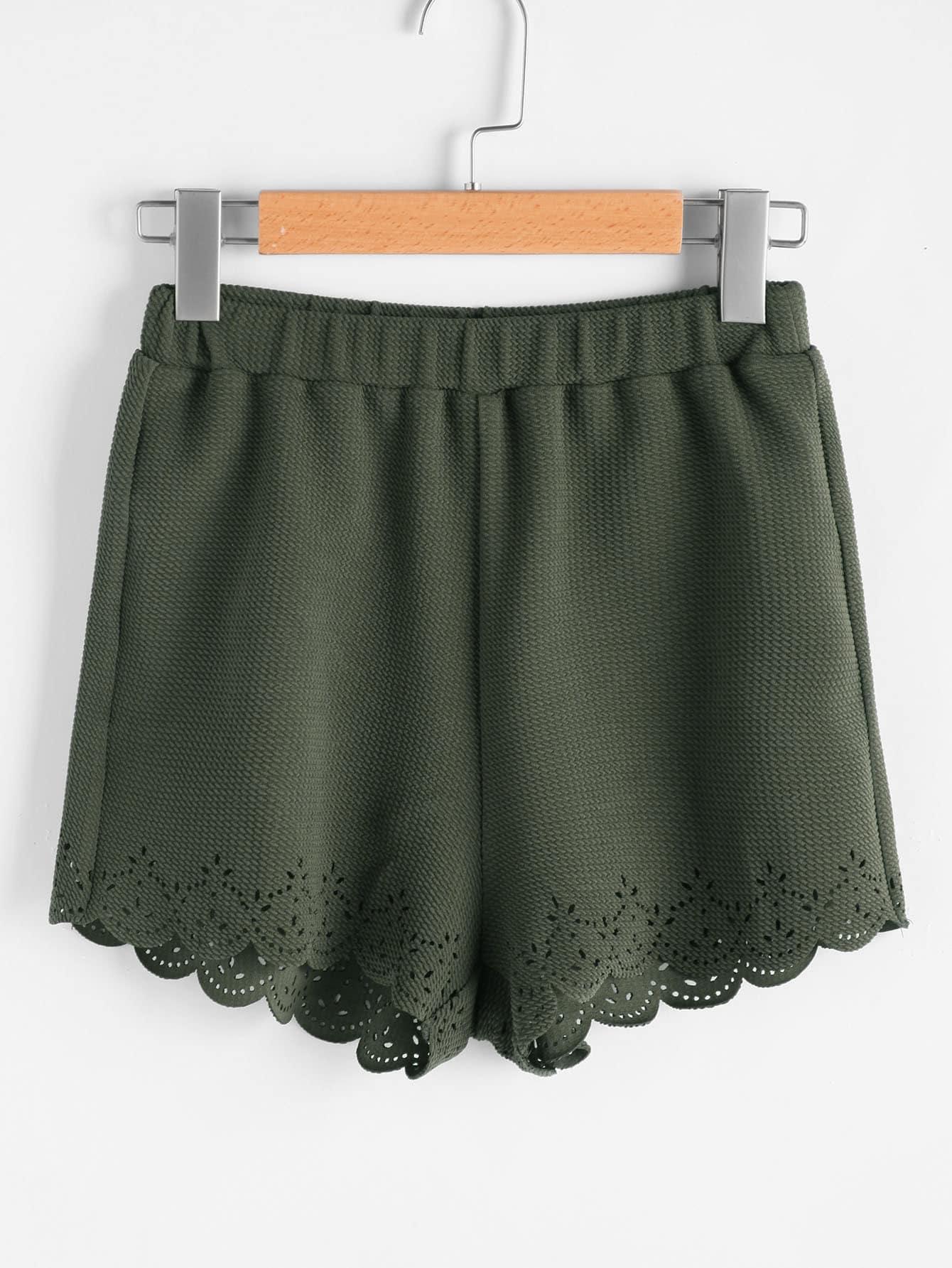 Фото Elastic Waist Textured Laser Cut Scallop Shorts. Купить с доставкой