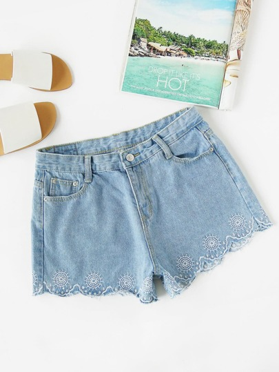 Embroidered Scalloped Hem Denim Shorts
