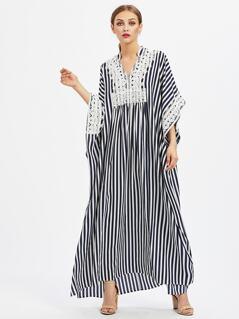Lace Applique Side Slit Poncho Dress