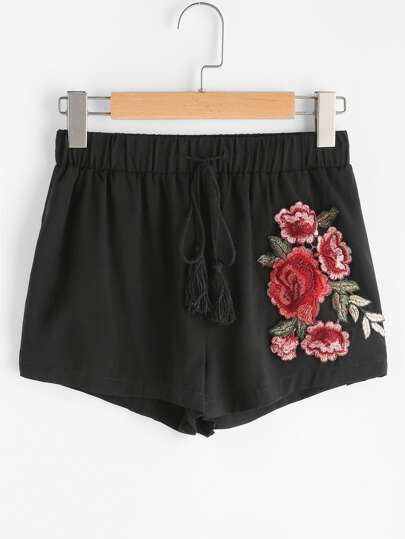 Rose Applique Tasseled Drawstring Shorts