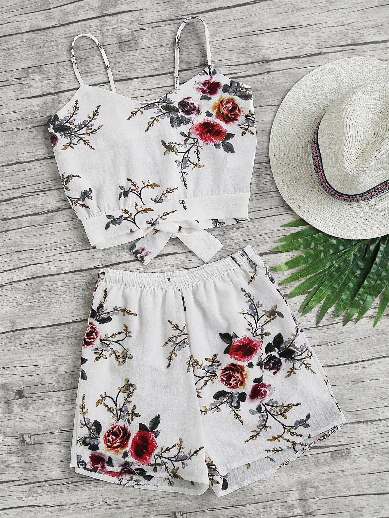 Floral Print Random Split Bow Tie Back Cami Top With Shorts lace panel criss cross bow tie back cami top with floral shorts