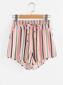 Pantaloncini a strisce