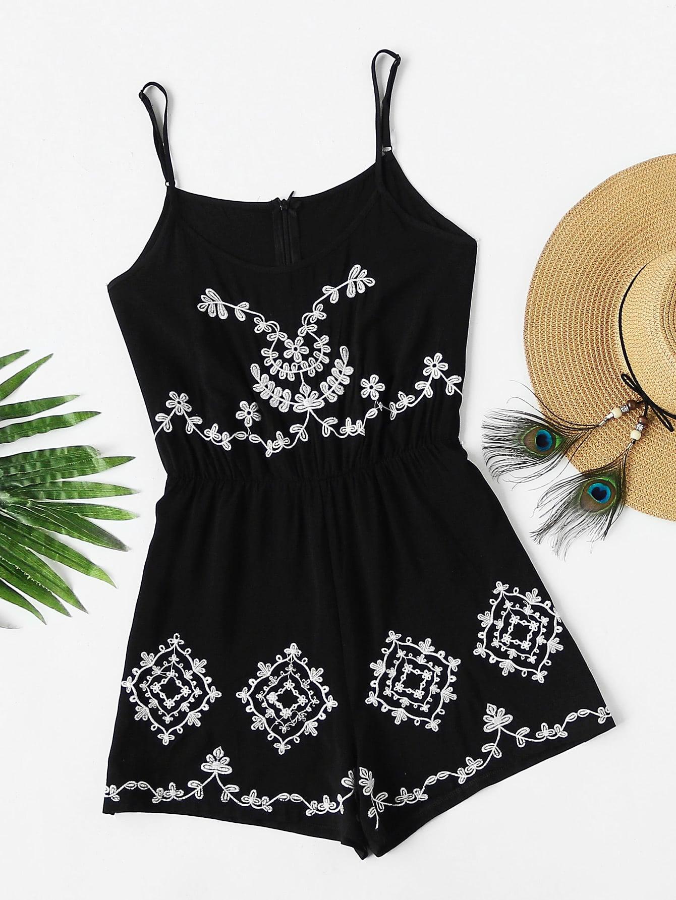 Фото Flower Embroidered Cami Romper With Zipper Back. Купить с доставкой