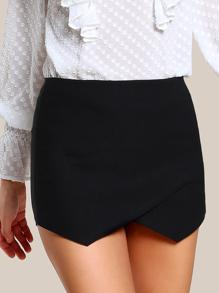Falda-pantalón con cremallera en la parte trasera