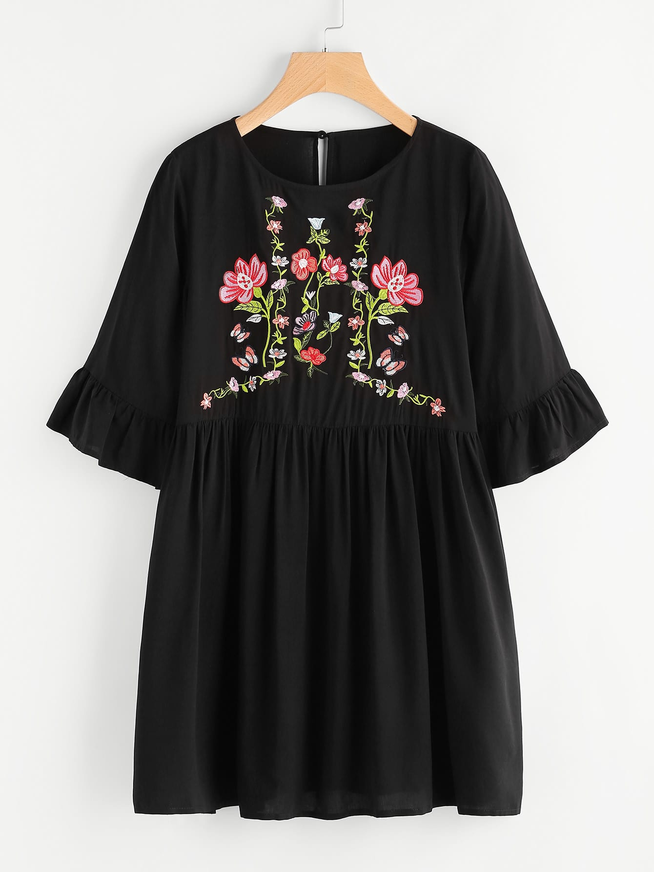 все цены на Botanical Embroidered Trumpet Sleeve Smock Dress