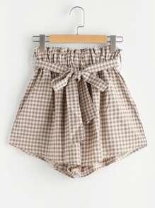 Shorts de cuadros con cinturón