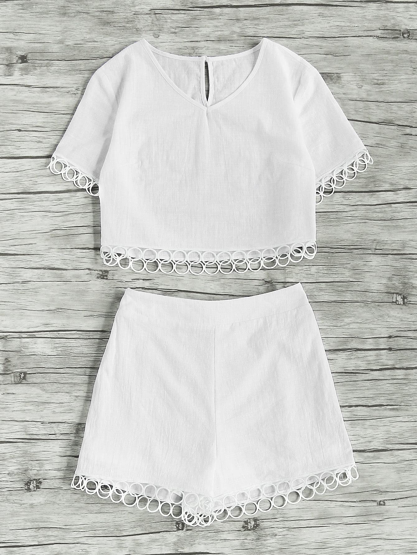 Фото Circle Lace Trim Keyhole Back Crop Top With Shorts. Купить с доставкой