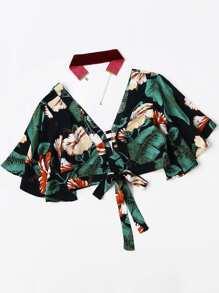 Plunging V-neckline Floral Print Random Knot Crop Top