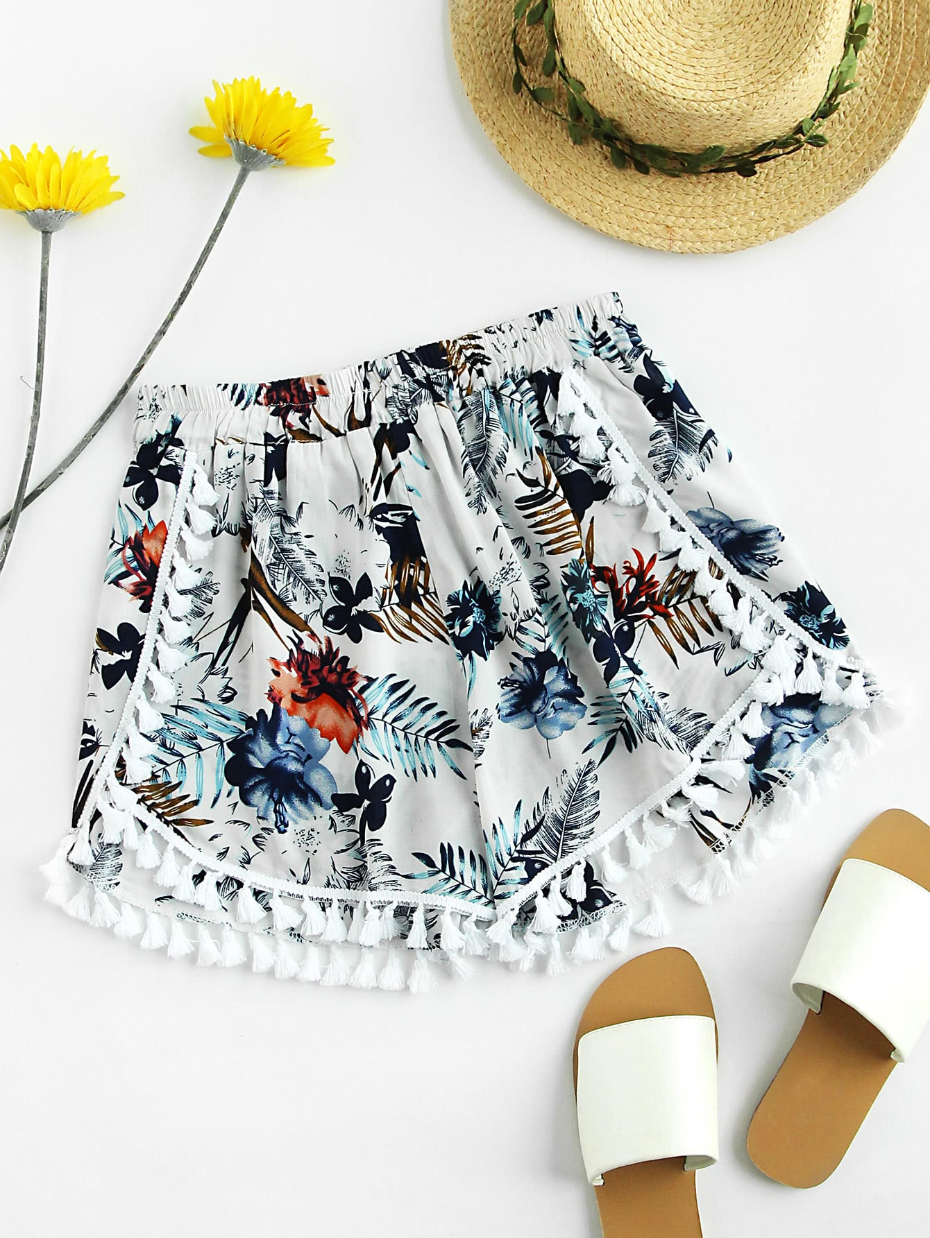 Palm Leaf Random Tassel Trim Shorts
