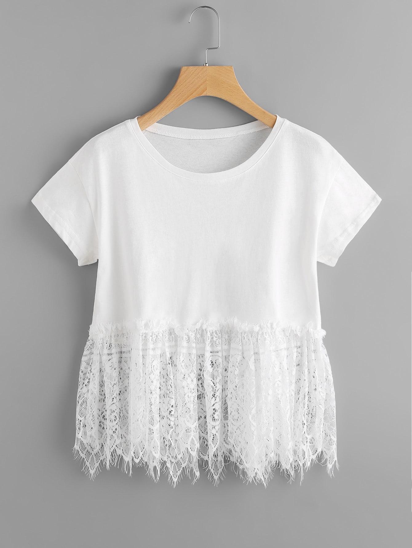 Фото Floral Eyelash Lace Hem T-shirt. Купить с доставкой