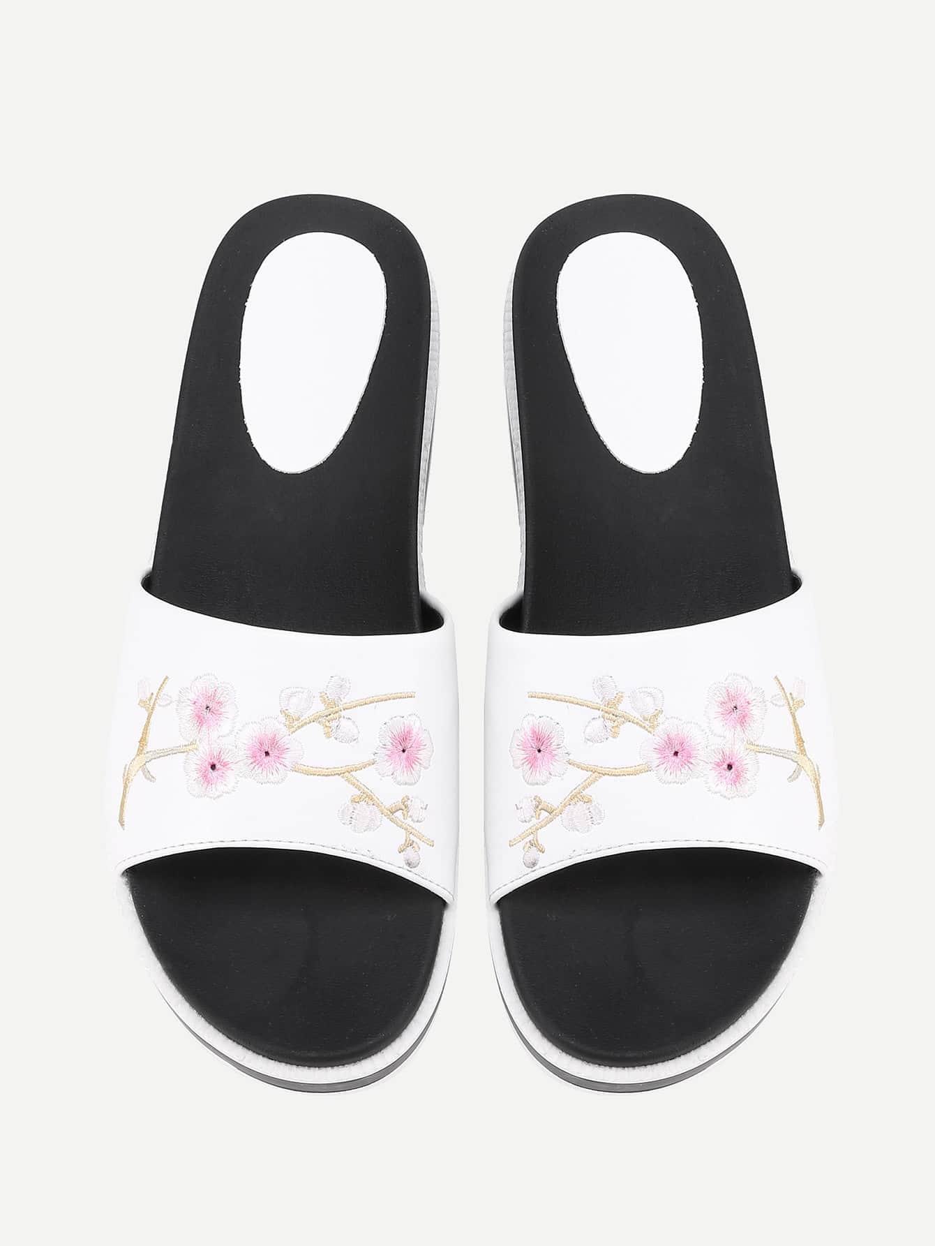 Фото Calico Embroidery Flat Sliders. Купить с доставкой