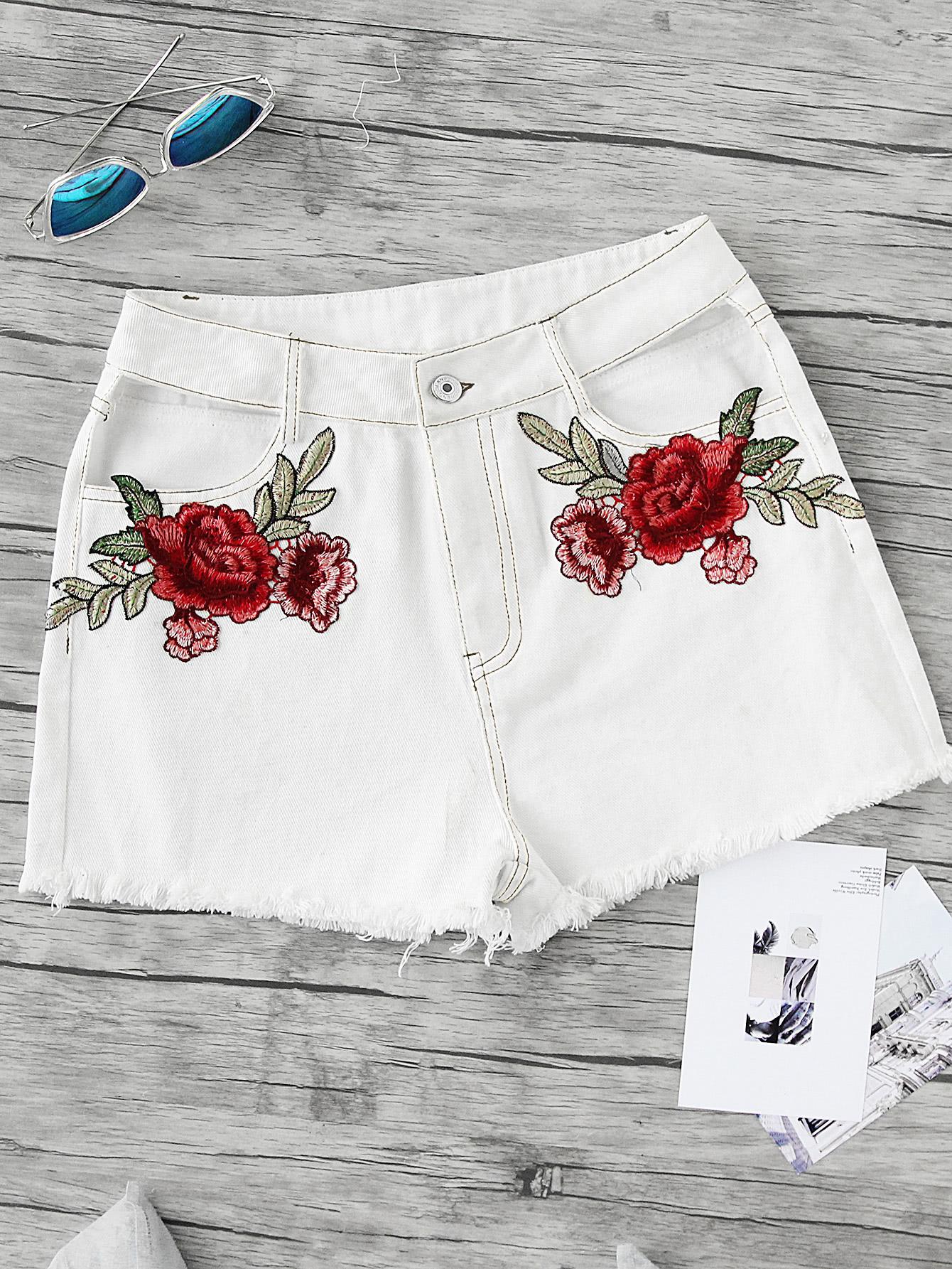Фото Embroidered Rose Applique Cutout Frayed Topstitch Shorts. Купить с доставкой