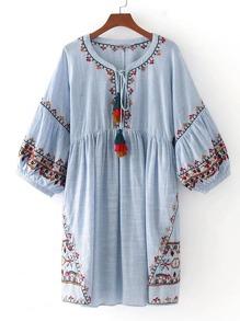 Vestido de manga farol con bordado