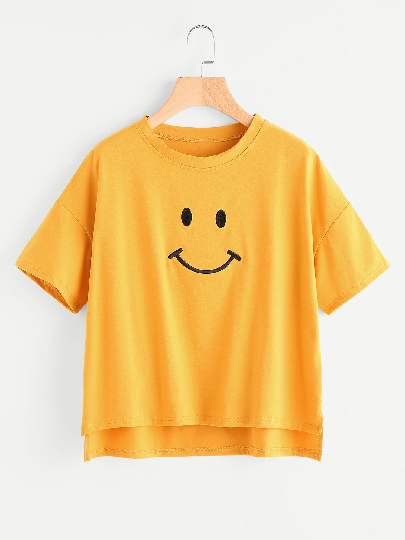 Dip Hem Smile Print Tee allover skull print dip hem tee