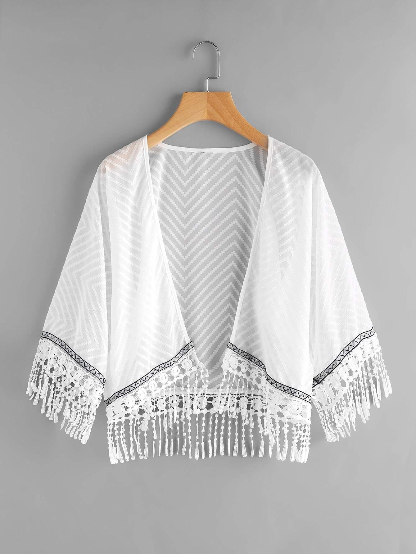 Фото Crochet Fringe Hem Embroidered Tape Detail Kimono. Купить с доставкой